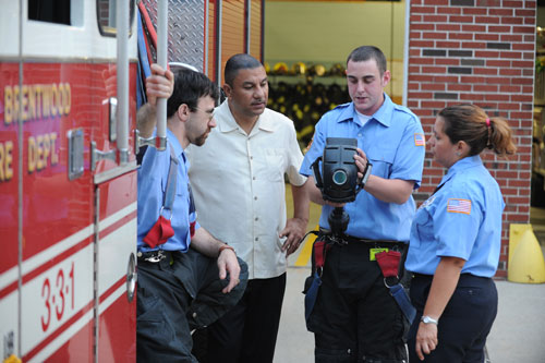 Firefighters from the East Brentwood Fire Department show Assemblyman Ramos new equipment that will help them respond to emergencies. Assemblyman Ramos secured $15,000 for the department in 2007 to help it purchase the life-saving tools.