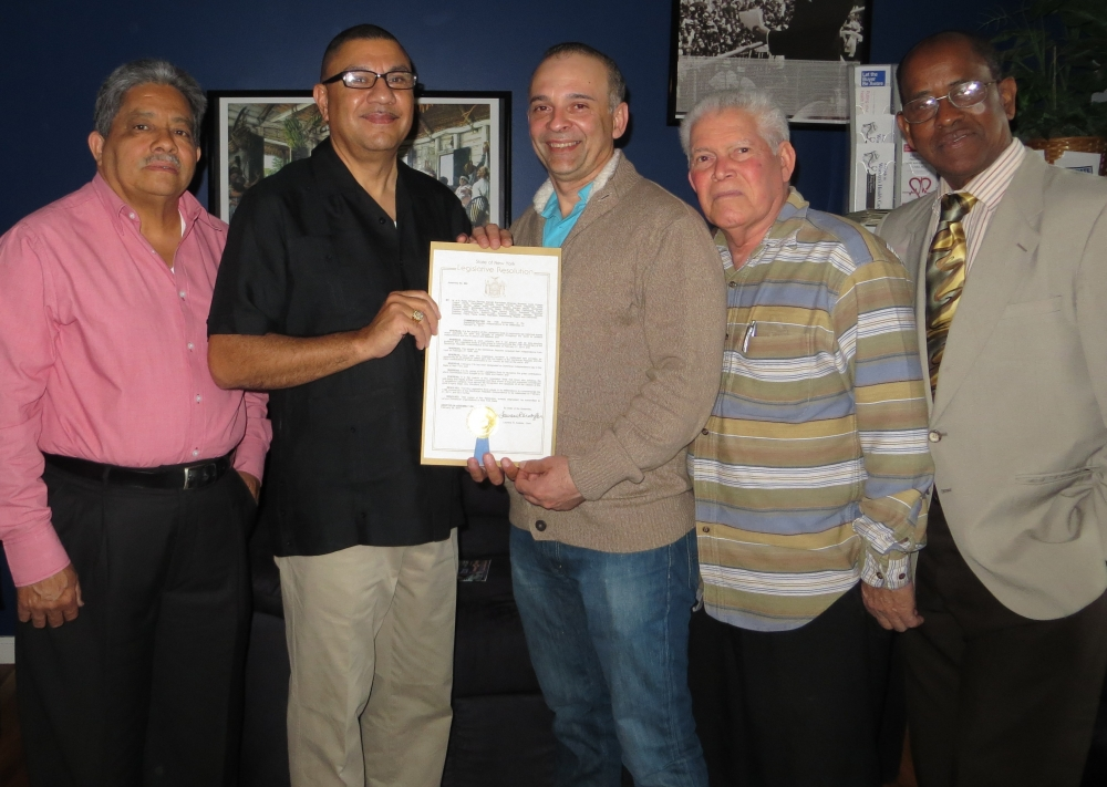 The Assembly recently passed a resolution to honor the 170th anniversary of the Dominican Republic Independence Day. More than a half million people with Dominican roots – either by birth or ancestry – live in New York State. Assemblyman Ramos recently presented a copy of the resolution to Julio Paulino and local Dominican business leaders to recognize the vibrancy and diversity the Dominican community brings to our district and the State of New York.