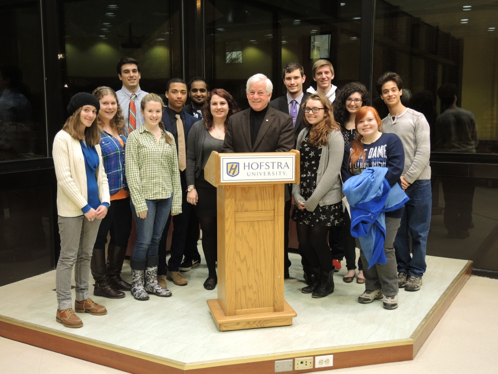 "Assemblyman Charles Lavine paid a visit to Hofstra students for a lesson on ""Albany 101"" which included a presentation on the operations of state government, the state legislature, and the Assembly in particular. The event was held at Hofstra University."