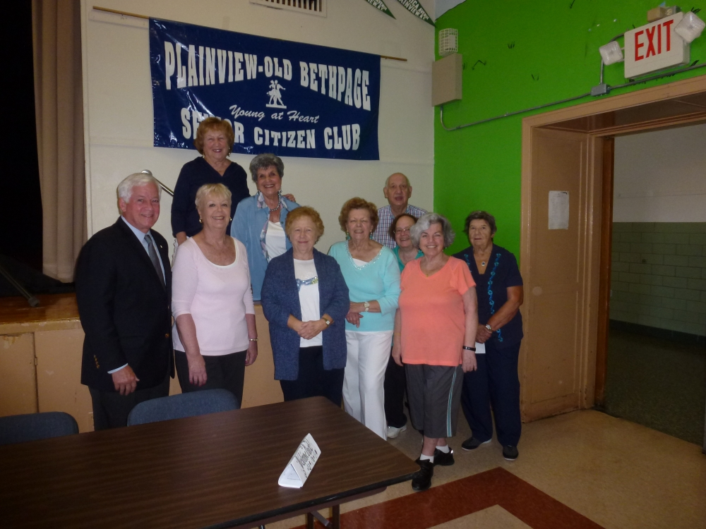 Assemblyman Charles Lavine (D-Glen Cove) joined Officers at the Plainview Old Bethpage Senior Citizen Club as they began the autumn season with a meeting and planning schedules for events and activities in the coming months. Officers thanked the Assemblyman for securing $11,000 in a state grant to help fund the Center which has been in operation for 24 years. Joining him were: Director Rachel Staiano, President Carol Kokol, Vice President Rosemarie Mandler, Recording Secretary Lorraine Courounis, Treasurer Martin Dashevsky, Assistant Treasurer Evelyn Jensen, Corresponding Secretary Dorothy Morris, Office Assistant Anita Arrigo, and Computer Secretary Joan Hydo.