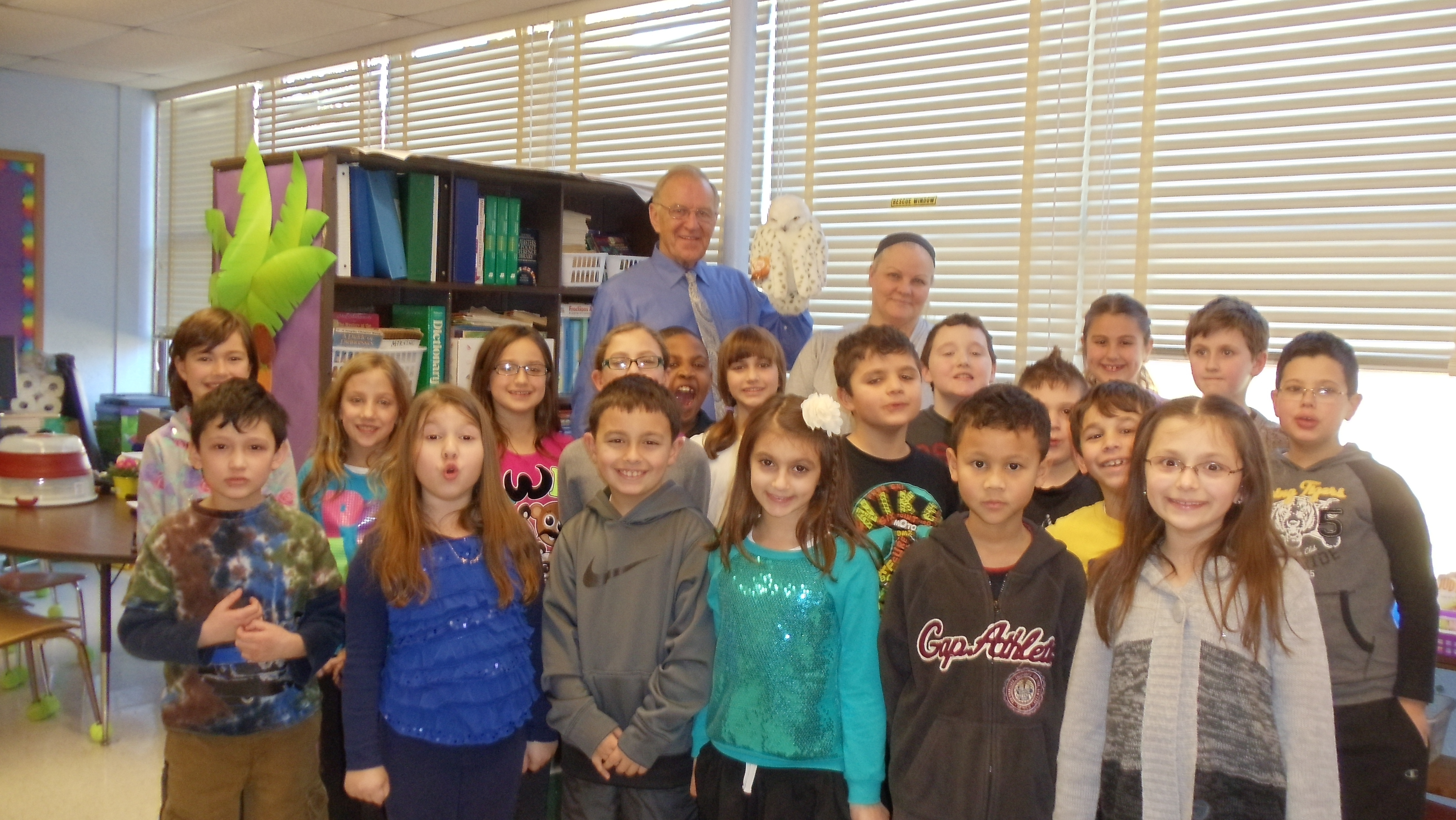"In January, Assemblyman Dave McDonough (R,C,I-Merrick) visited Mrs. Armstrong's 3rd grade class at Old Mill Road Elementary School as part of their Parents As Reading Partners (PARP) program. As part of the reading program, Assemblyman McDonough shared ""Owl Moon"" by Jane Yolan with the students and discussed the importance of reading."
