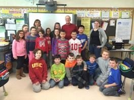 Assemblyman Dave McDonough with Mrs. Walsh's fourth grade class.