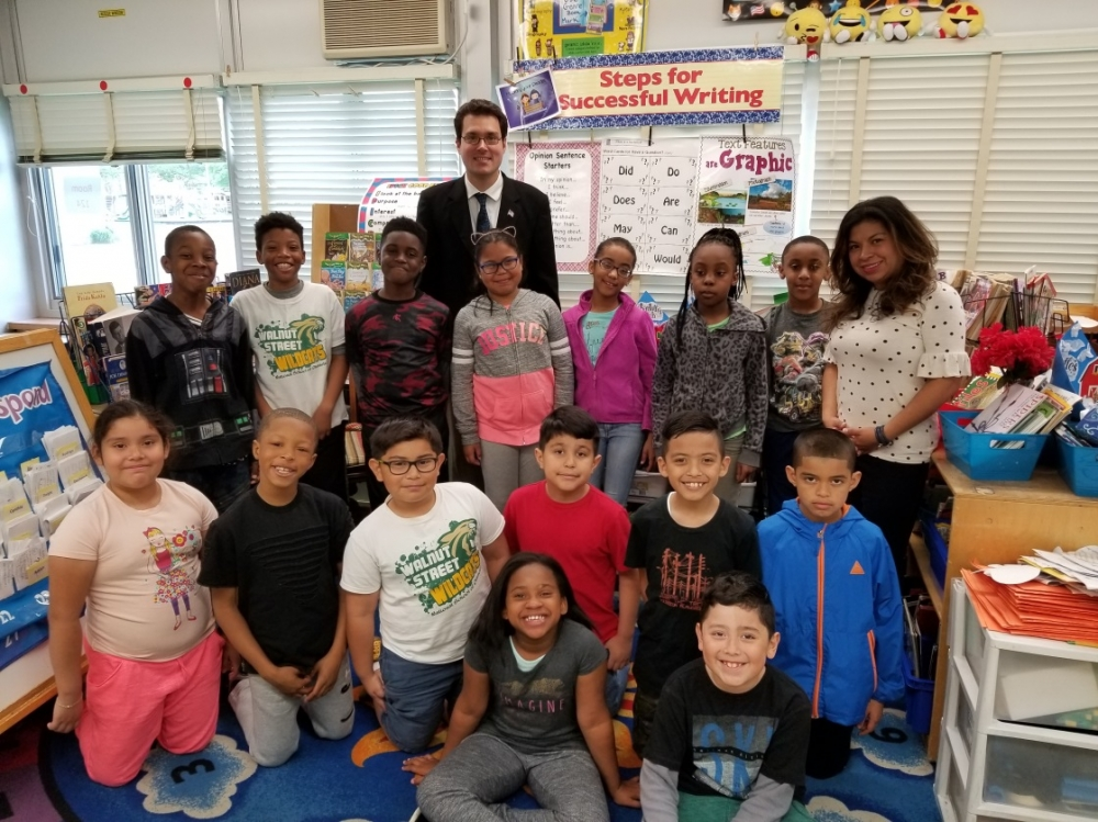 Assemblyman John Mikulin (R,C,I,Ref-Bethpage) recently visited Mrs. Schneider's third grade class  at the Walnut Street School in Uniondale.