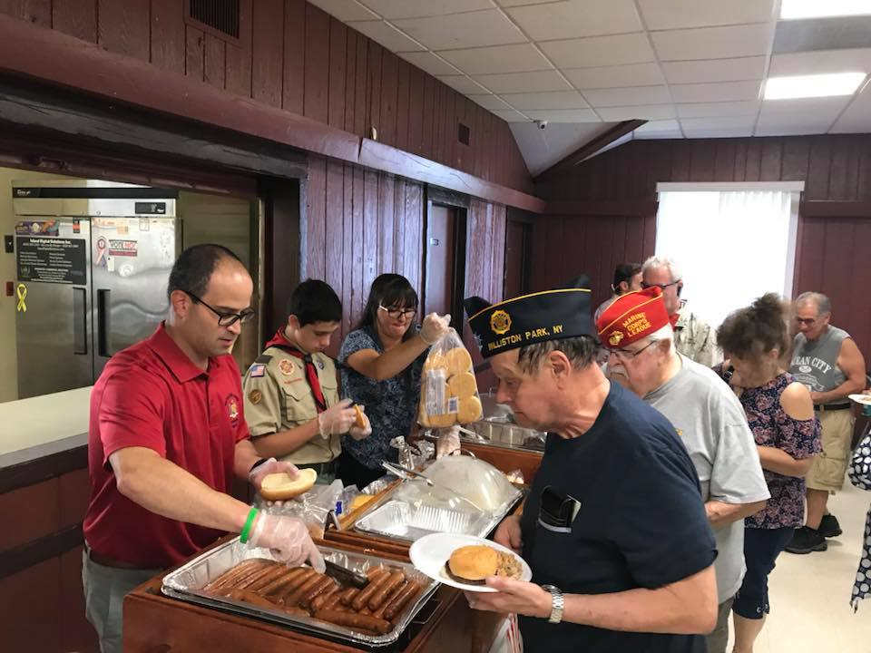 Assemblyman Ed Ra (R-Franklin Square) welcomed local veterans to a free BBQ at VFW Post 2718 on Thursday, August 9.