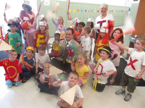 "Assemblyman Ra visits the Washington Street School in Franklin Square and participates with kindergarteners during the ""Letter Parade,"" which helps students learn the alphabet."