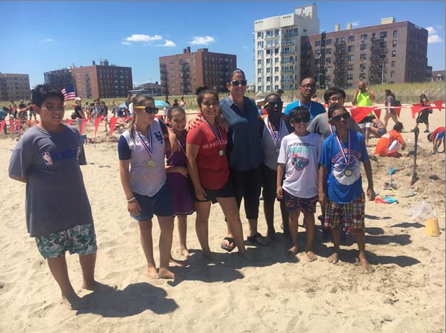 Assemblywoman Stacey Pheffer Amato (D-Rockaway) attended this past Sunday, the 2nd Annual Rockaway Sandcastle Contest on Beach 117th Street hosted by the Rockaway Times and New York City Parks Departm