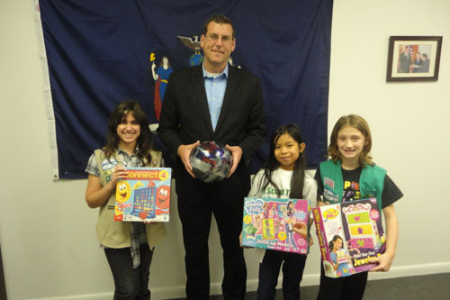 On December 17, 2012, Assemblyman Braunstein received donations for his Holiday Toy Drive from members of the St. Nicholas Greek Orthodox Church Girl Scout Troops 4403 and 4404.