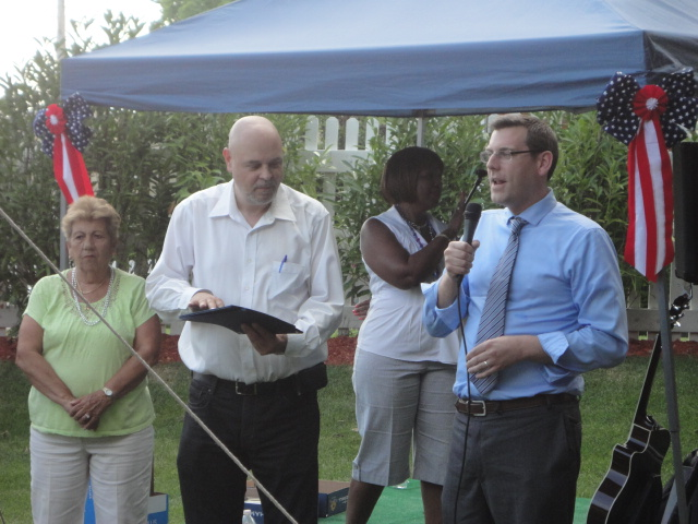 On Friday, June 28, 2013, Assemblyman Braunstein presented certificates of recognition to the Glen Oaks Village Employees of the Year at their Annual Company BBQ picnic. Assemblyman Braunstein is pict