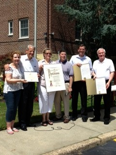 On Sunday, July 14, 2013, Assemblyman Braunstein presented a joint resolution with Senator Tony Avella to the Deepdale Gardens Corporations, Inc. in Little Neck, in honor of its 60th Anniversary.