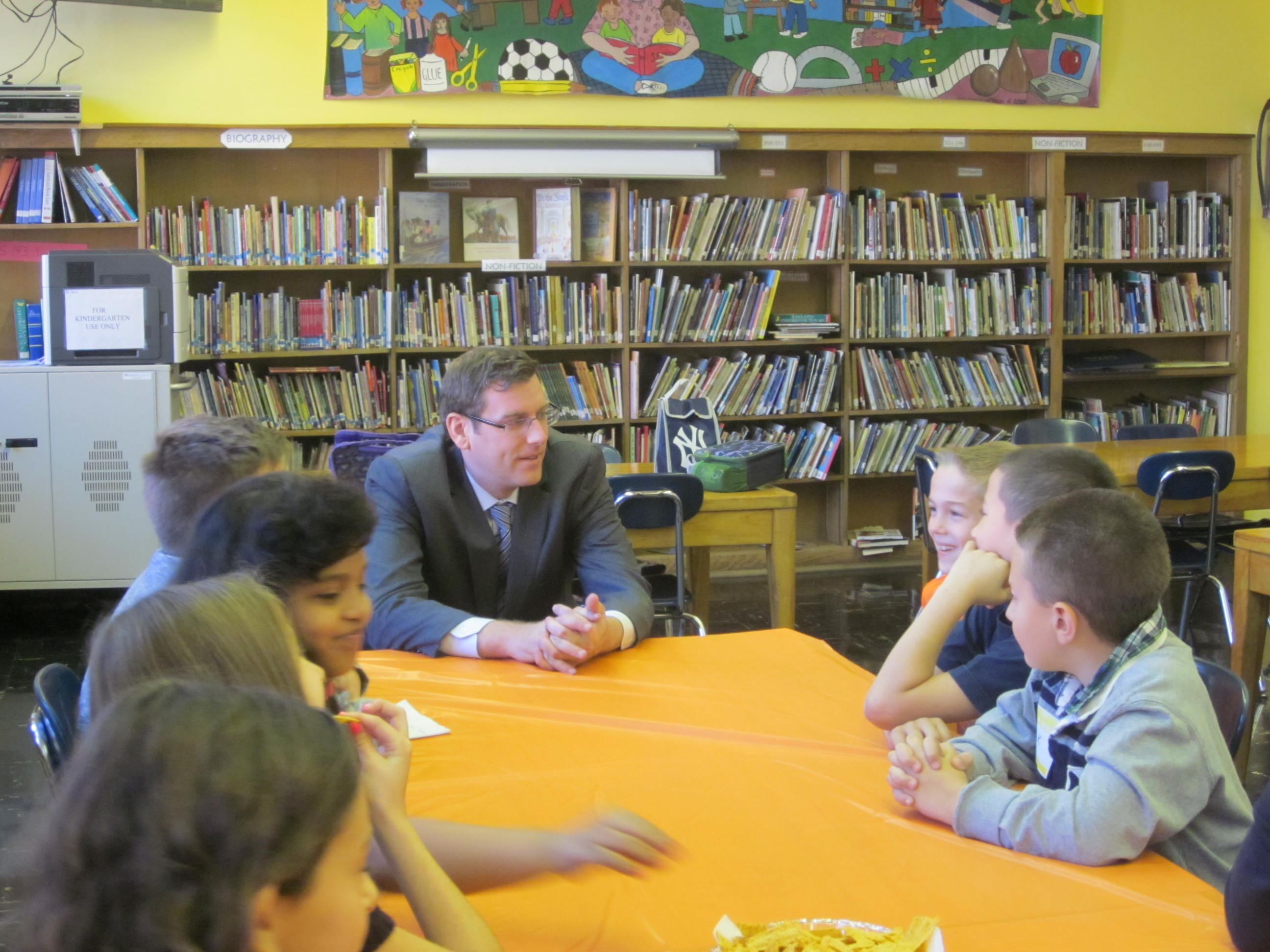 Assemblyman Braunstein served as Principal for a Day at PS 193: Magnet School of Discovery
