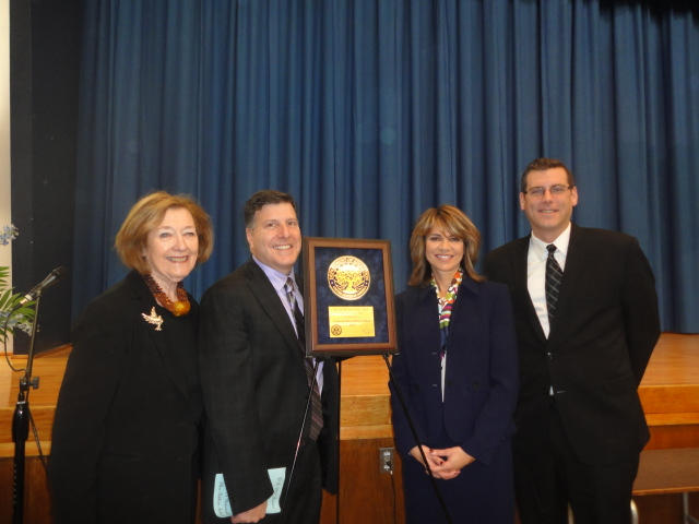 On Monday, December 2, 2013, Assemblyman Braunstein attended PS 221's celebration in recognition of its 2013 National Blue Ribbon award.