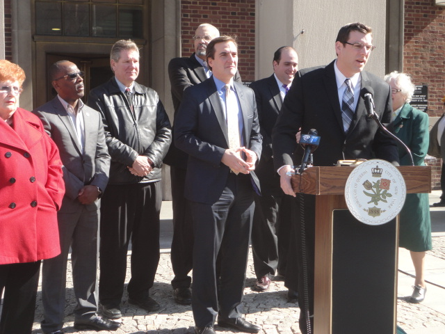On April 3, 2014, Assemblyman Braunstein attended a press conference at Queens Borough Hall announcing Assemblyman Jeffrion Aubry's and Senator Michael Gianaris' legislation, of which Assemblyman Brau