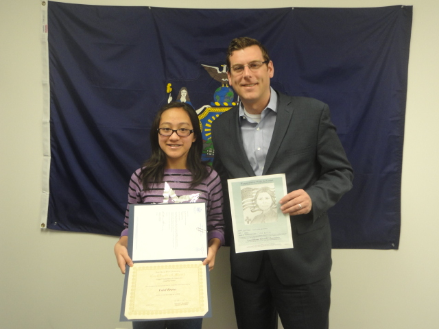 On April 14, 2014, Assemblyman Braunstein congratulated Laiel Bravo, Grand Prize Winner of his Women's History Month Art Contest 2014.