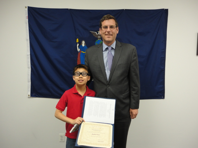 On May 30, 2014, Assemblyman Braunstein congratulated the 4th Grade Grand Prize Winner of his Mother's Day Essay and Poetry Contest 2014, Jayden Chen of PS 94 in Little Neck.
