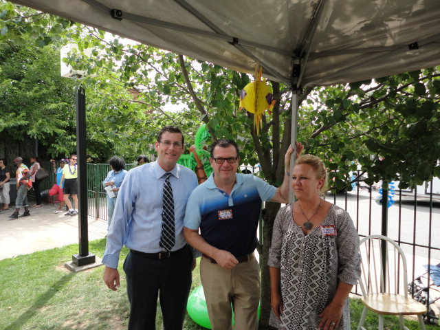On July 24, 2014, Assemblyman Braunstein attended the P224@710 carnival in Bayside. Assemblyman Braunstein is pictured with Principal Desmond Park and Assistant Principal Kara Reardon-Navan.