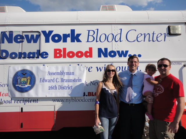 On August 14, 2014, Assemblyman Braunstein sponsored his 2nd Annual Summer Blood Drive with the New York Blood Center, which over 100 donors participated in.