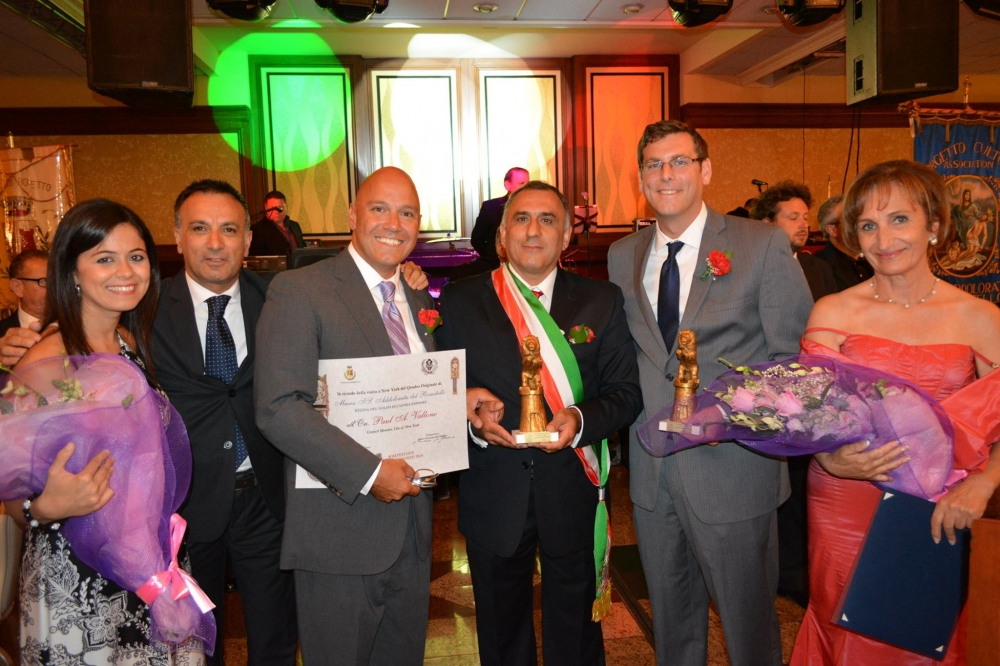 On August 15, 2014, Assemblyman Braunstein was honored by the Borgetto Cultural Association M.SS. Addolorata del Romitello Inc. at their 52nd Dinner & Dance Gala.