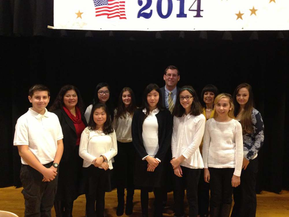 On November 13, 2014, Assemblyman Braunstein installed the 2014-2015 Student Organization of Louis Pasteur Middle School 67. Assemblyman Braunstein is pictured with Student Organization Advisor Sabrin