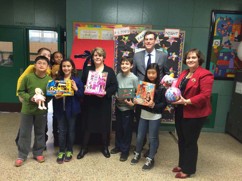 On December 10, 2014 Assemblyman Braunstein attended PS 209's Holiday Celebration, where he received donations to his Annual Toy Drive from PS 209 students. Assemblyman Braunstein is pictured with Pri