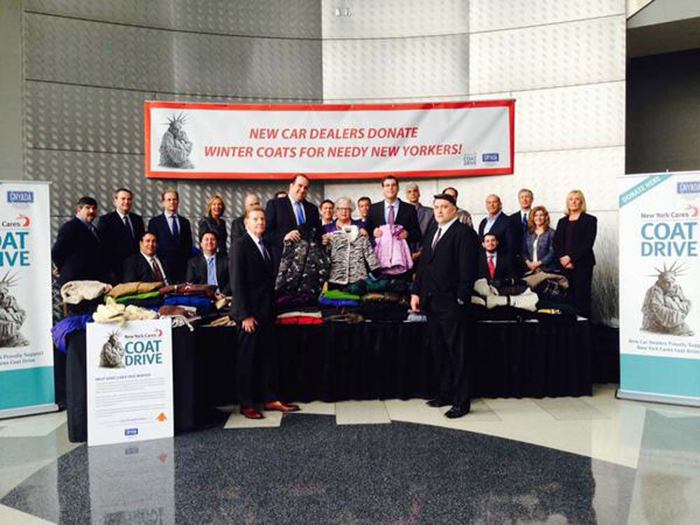 On December 17, 2014, Assemblyman Braunstein joined the Greater New York Automobile Dealers Association (GNYADA) for their New York Cares Coat Drive event with Senator Toby Ann Stavisky, and Assemblym