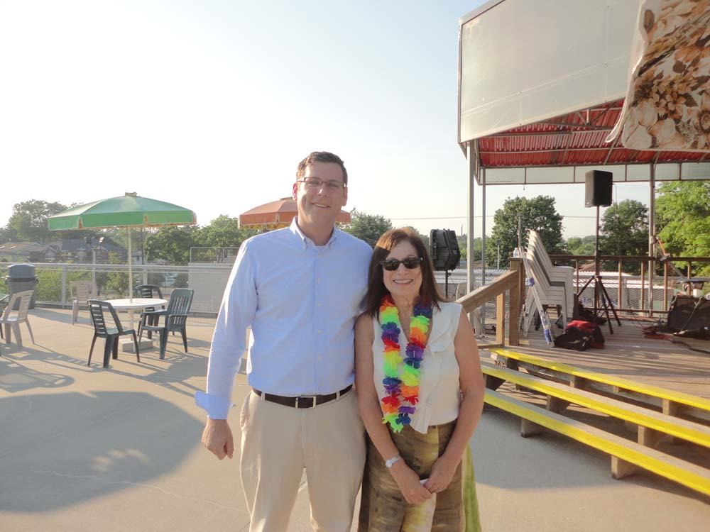 On July 28, 2015, Assemblyman Braunstein attended the Samuel Field Y's annual Senior Luau at the Tanenbaum Family Pool. Assemblyman Braunstein is pictured with Samuel Field Y CEO Jeri Mendelsohn.