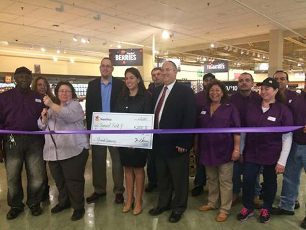 On November 6, 2015, Chief of Staff David Fischer attended the ribbon cutting of the new Stop & Shop in the Bay Terrace Shopping Center, with Stop & Shop Public and Community Relations Manager Arlene
