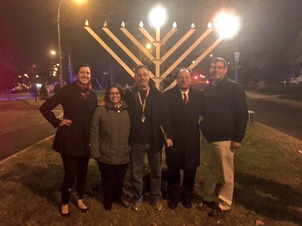On December 6, 2015, Assemblyman Braunstein attended the Bayside Hills Holiday Lighting Festival. Assemblyman Braunstein is pictured with Assemblywoman Nily Rozic, Council Member Barry Grodenchik and
