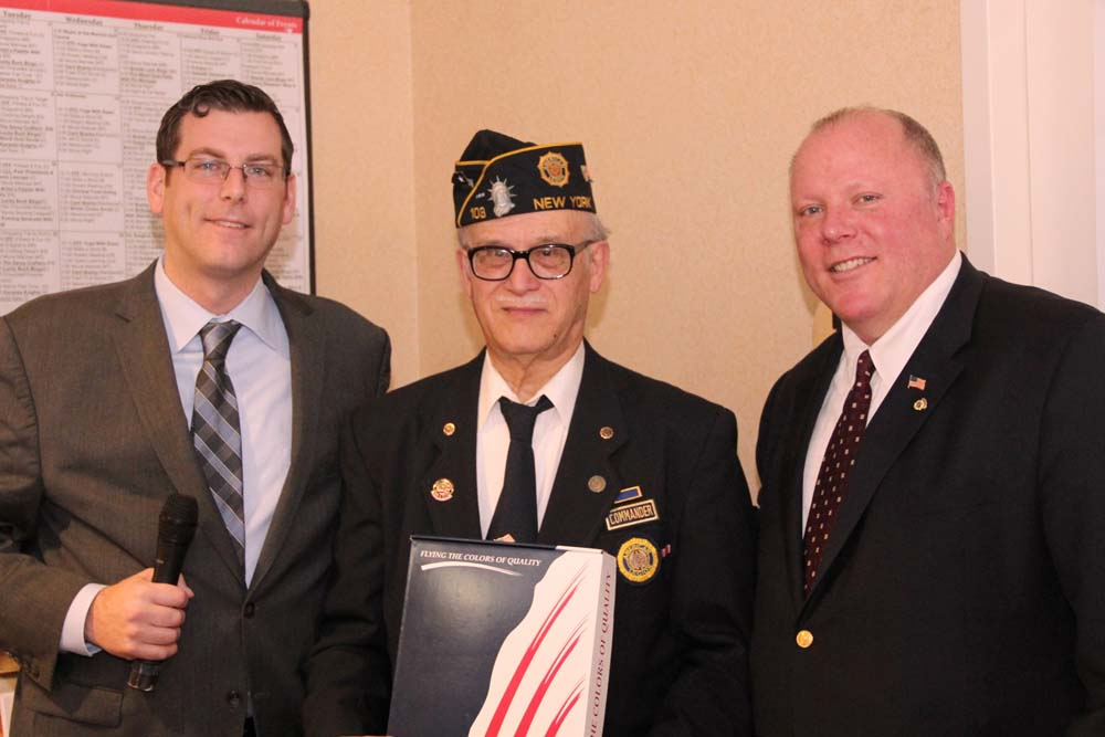 On March 6, 2016, Assemblyman Braunstein presented a New York State Flag to American Legion Little Neck-Douglaston Post 103 at the Little Neck-Douglaston Memorial Day Parade Committee Luncheon at the