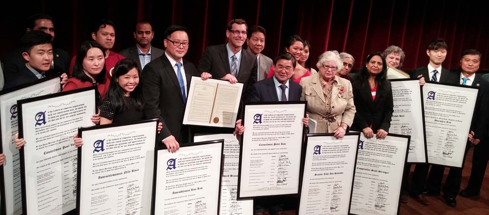 On May 19, 2016, Assemblyman Braunstein attended Asian Heritage Night in Queens at Flushing Town Hall.