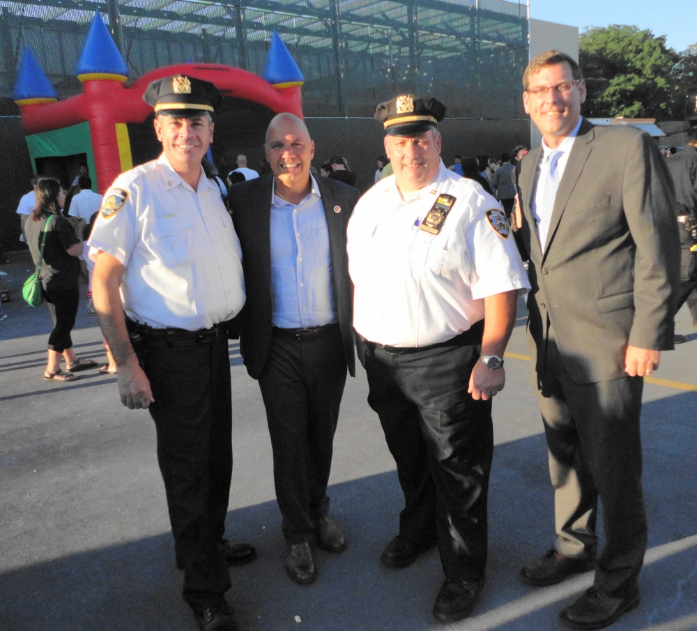 On August 2, 2016, Assemblyman Braunstein attended the 111th Precinct's National Night Out in Douglaston.