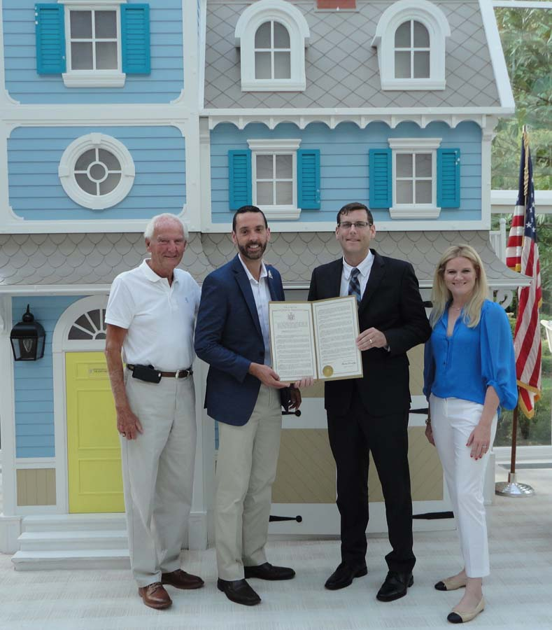 On August 11, 2016, Assemblyman Braunstein presented a New York State Legislative Resolution he introduced in honor of the Ronald McDonald House of Long Island's 30th Anniversary.