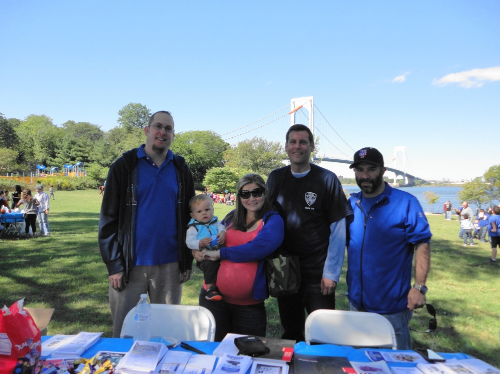 On September 24, 2016, Assemblyman Braunstein attended the 109th Precinct Community Council's 3rd Annual Family Fun Day at Francis Lewis Park.