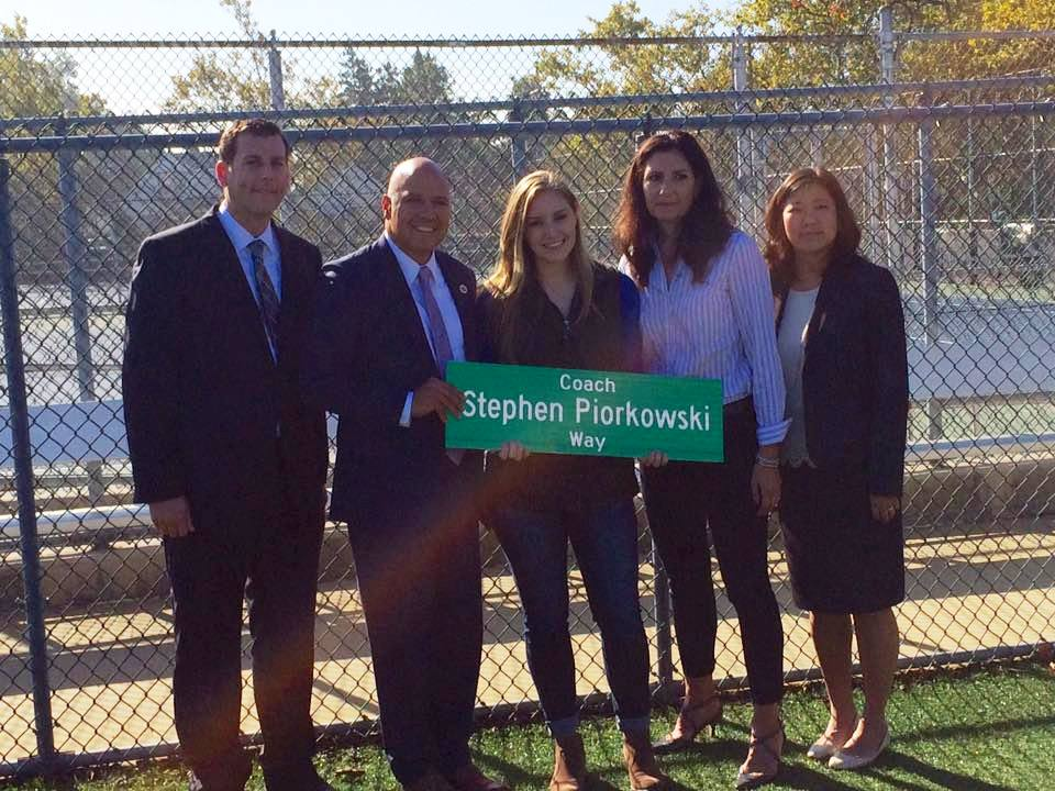 On October 7, 2016, Assemblyman Braunstein attended the co-naming of 32nd Avenue and 204th Street for Stephen Piorkowski, a longtime Bayside High School softball coach and gym teacher.