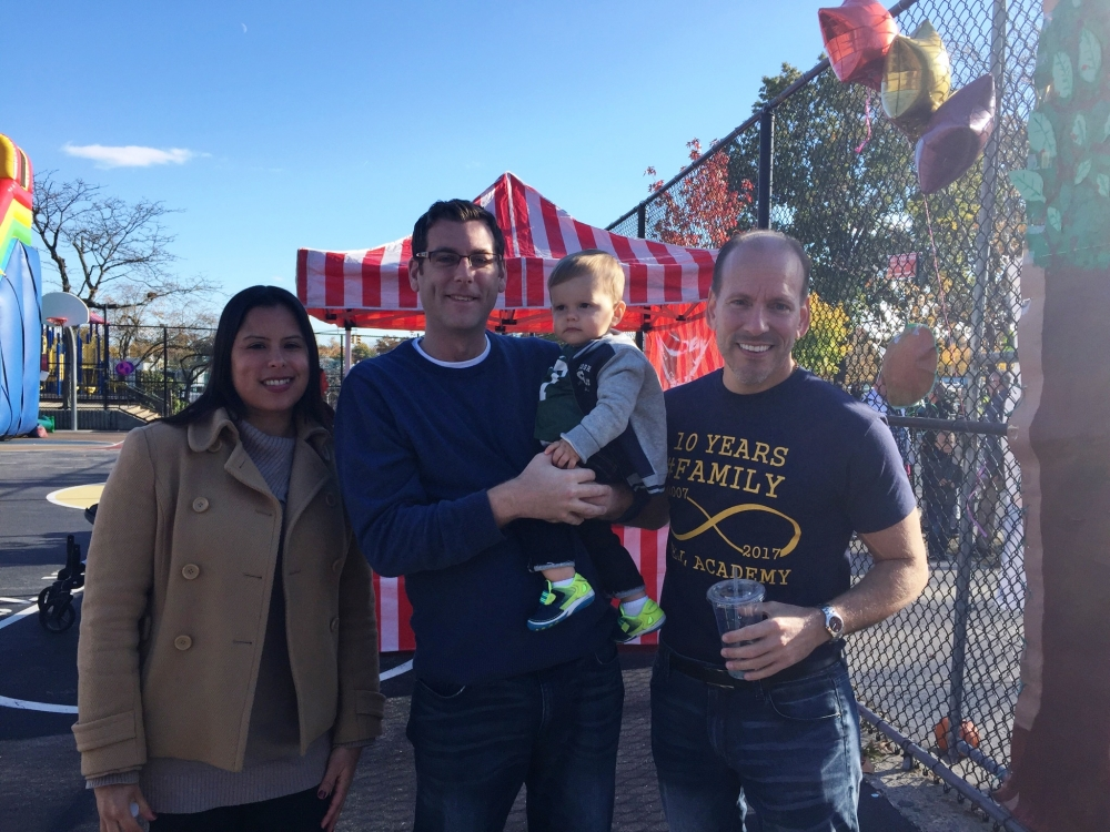 On November 6, 2016, Assemblyman Braunstein attended the PS 169 & Bell Academy Tenth Year Anniversary Fall Festival.