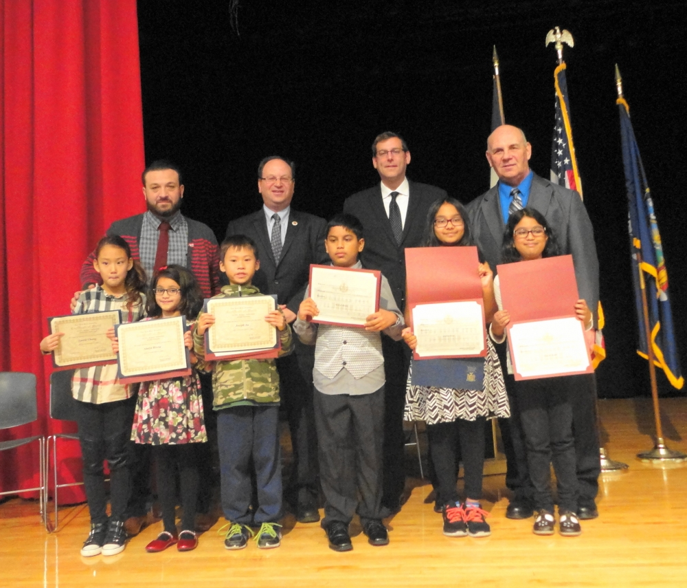On November 10, 2016, Assemblyman Braunstein and Council Member Barry Grodenchik inducted PS 115's Student Council.