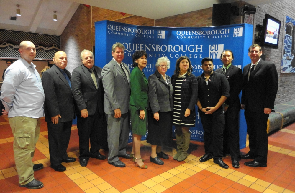 On November 10, 2016, Assemblyman Braunstein attended Queensborough Community College's Fourth Annual Veterans Dinner.