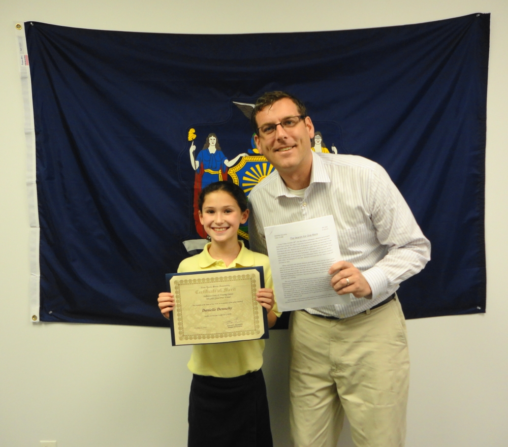 On November 29, 2016, Assemblyman Braunstein met with the 5th Grade Grand Prize Winner of his Halloween Essay and Drawing Contest, Danielle Dennehy of Our Lady of the Blessed Sacrament School.