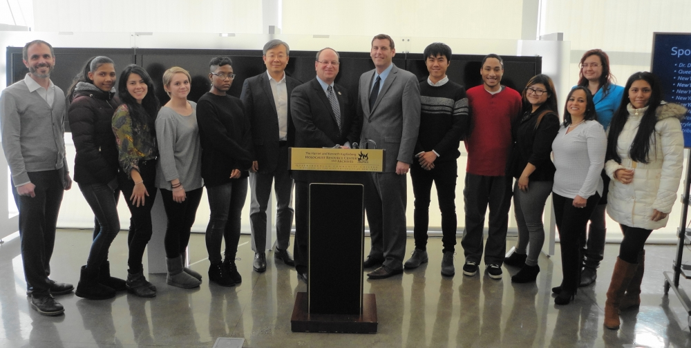 On December 9, 2016, Assemblyman Braunstein provided citations to the Queensborough Community College Kupferberg Holocaust Center Fall 2016 Fellows with Council Member Barry Grodenchik.