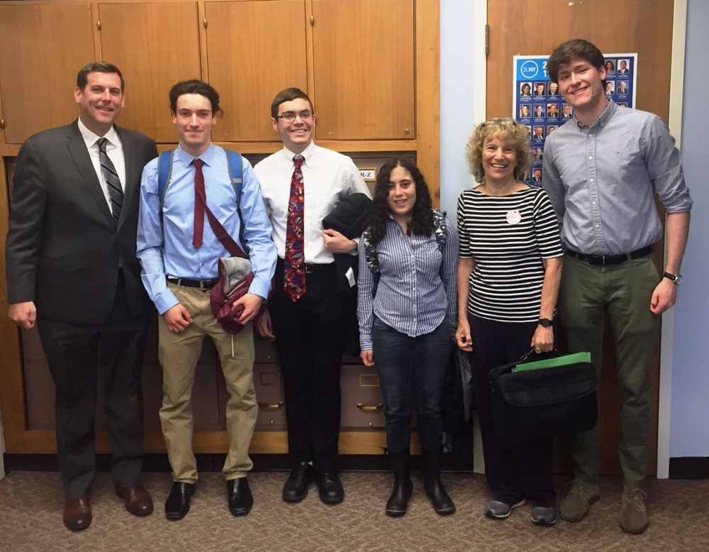 On April 25, 2017, Assemblyman Braunstein met in Albany with members of Democracy Matters from Bard College.
