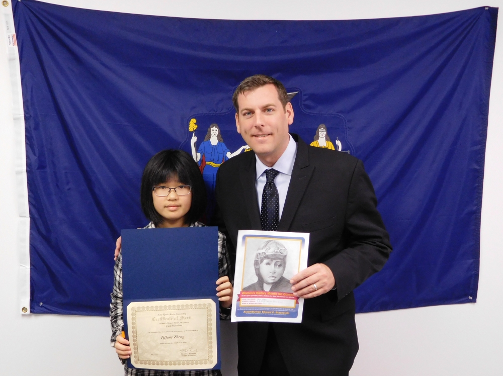 On May 5, 2017, Assemblyman Braunstein met with Tiffany Zheng, the Grand Prize Winner of his Women's History Month Art Contest.