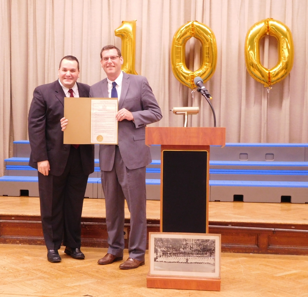 On June 2, 2017, Assemblyman Braunstein presented a New York State Legislative Resolution at a Centennial Celebration Assembly in honor of PS 41: The Crocheron School's 100th Anniversary.<br />