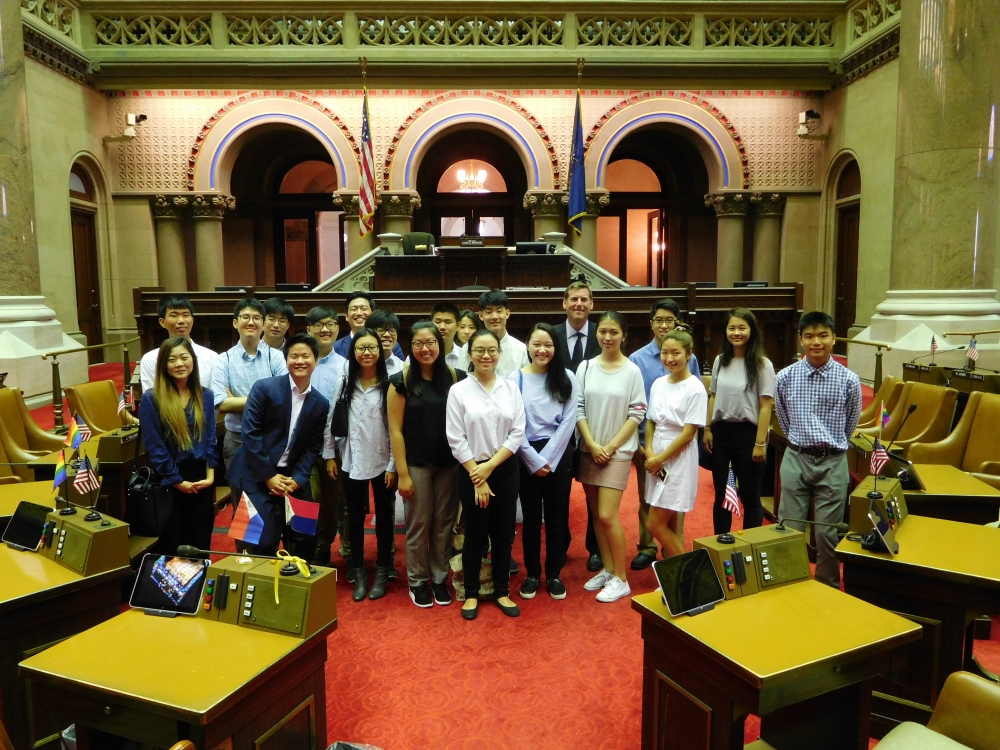 On August 24, 2017, Assemblyman Braunstein met in Albany with Grassroots Interns from Korean American Civic Empowerment, as they toured the Assembly Chamber and Capitol.