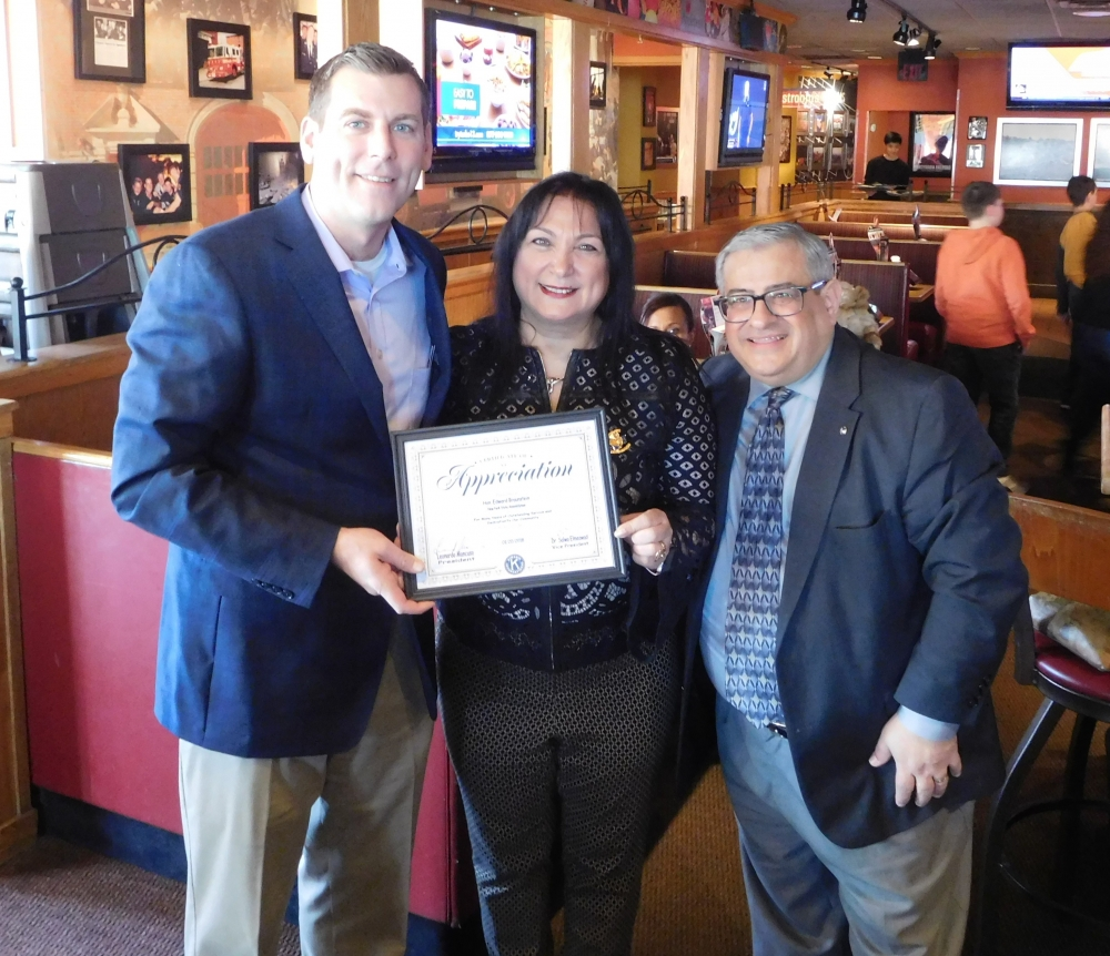 On January 20, 2018, Assemblyman Braunstein was presented with a Kiwanis Certificate of Appreciation and Kiwanis Pin at the Kiwanis of Bayside's Annual Flapjack Fundraiser.