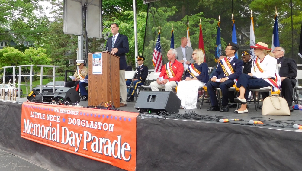 On May 28, 2018, Assemblyman Braunstein attended the 91st Annual Little Neck-Douglaston Memorial Day Parade.<br />&nbsp;