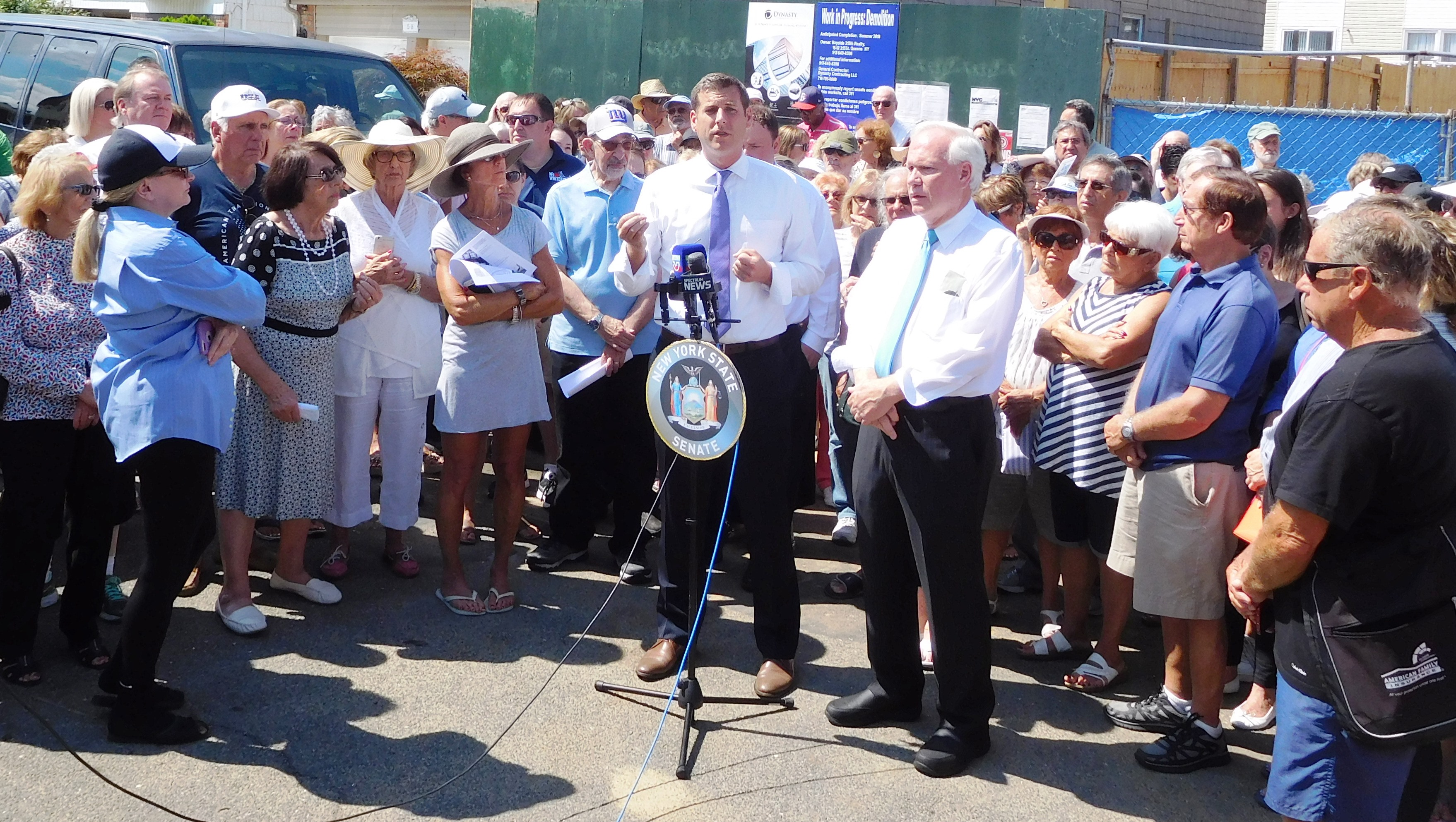 On July 20, 2018, Assemblyman Braunstein, Senator Tony Avella, civic leaders, and Bay Terrace residents held a rally against overdevelopment.<br />&nbsp;