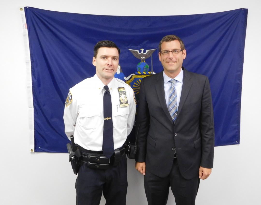 On September 27, 2018, Assemblyman Braunstein met with Deputy Inspector Keith P. Shine, the new Commanding Officer of the NYPD 109th Precinct.