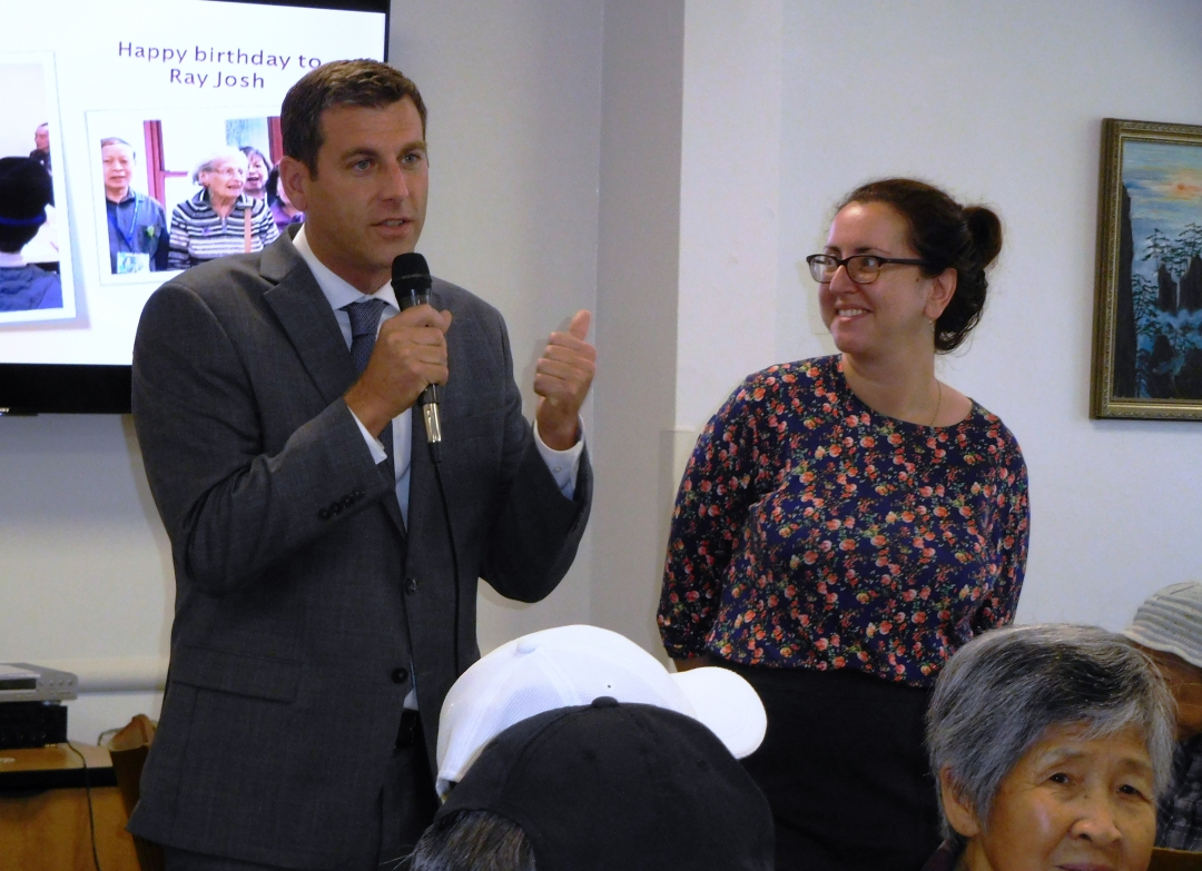 On October 10, 2018, Assemblyman Braunstein visited the Selfhelp Community Services, Inc. Benjamin Rosenthal-Prince Street Innovative Senior Center in Flushing with Assemblywoman Nily Rozic.