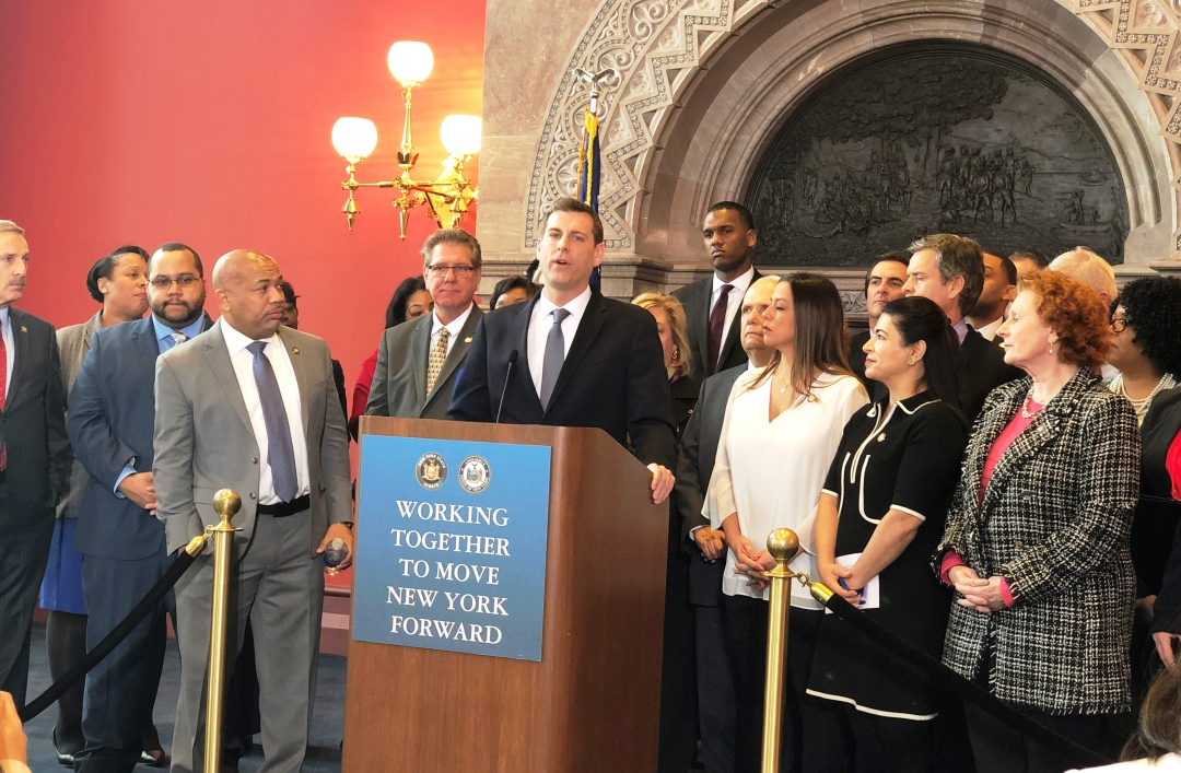 "On February 28, 2019, Assemblyman Braunstein held a press conference announcing the passage of his ""revenge porn"" legislation in the Assembly and Senate."