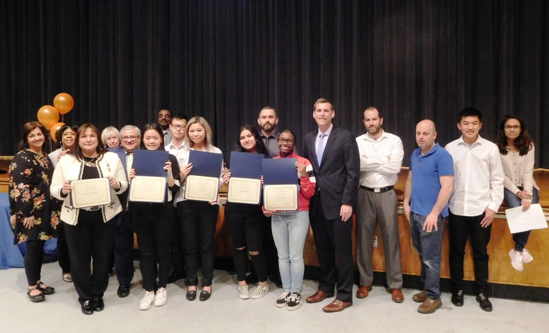 On April 17, 2019, Assemblyman Braunstein presented New York State Assembly Certificates of Merit to the 2018-2019 Benjamin N. Cardozo High School Key Club Executive Board.