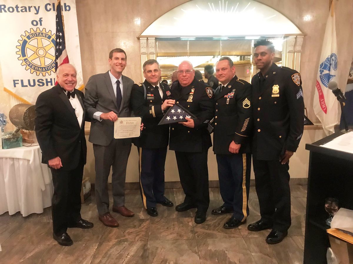 On April 25, 2019, Assemblyman Braunstein attended the Queens Flag Day Committee's Annual Queens Flag Day Dinner.